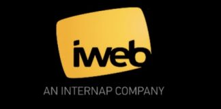 iWeb Reviews Logo